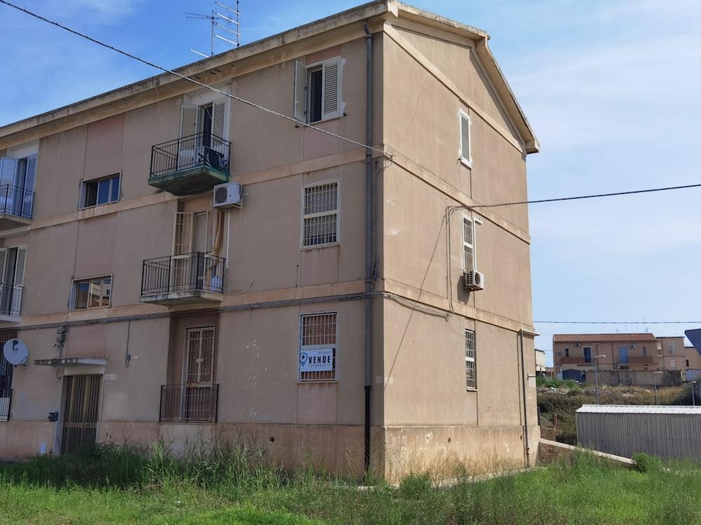 Santa Panagia | Luminoso trivani + servizi